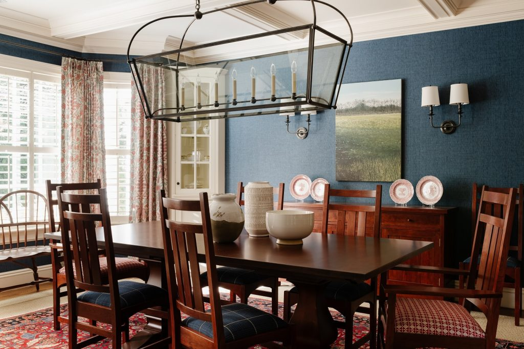 Dining room with statement lighting