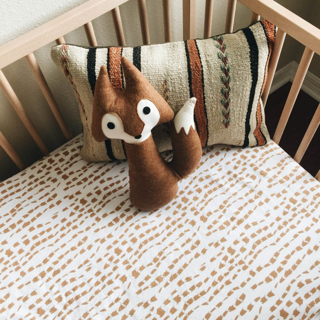 Baby nursery themes: animals