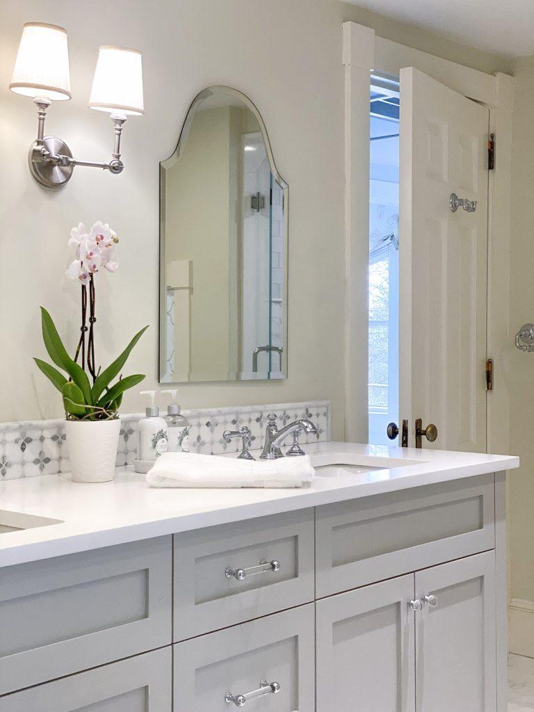 Light and airy master bathroom ideas