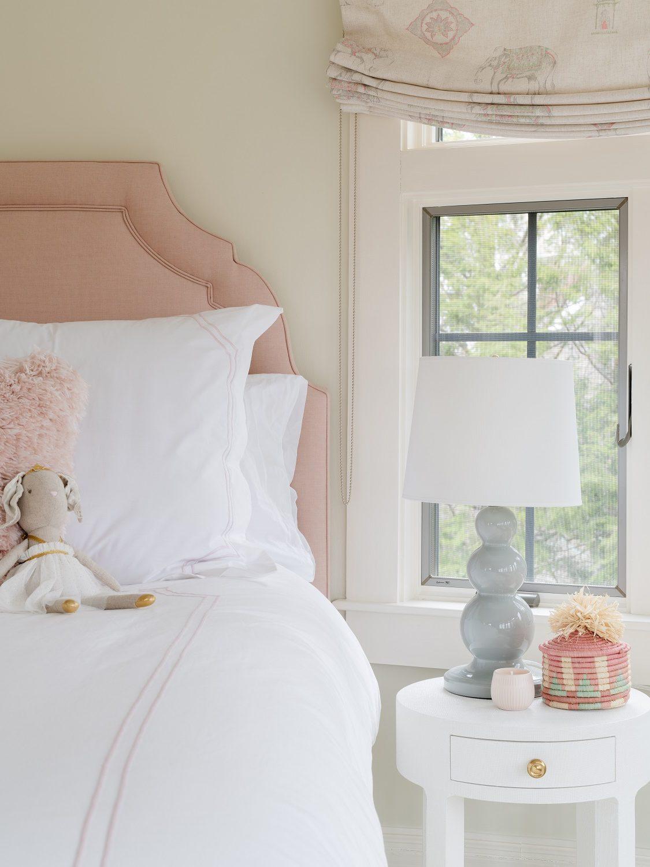 Girl's bedroom accessories